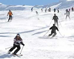 یک تجربه لذت بخش اسکی درزمستان