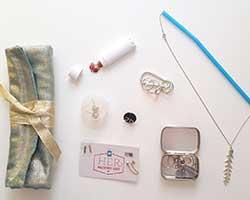 نگهداری از جواهرات و بدلیجات در سفر