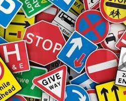 مقررات عجیب رانندگی در کشورهای جهان