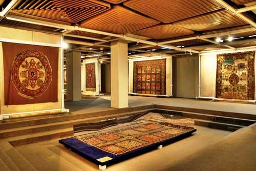 موزه فرش ها