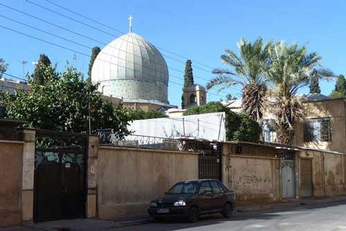 بلیط اتوبوس قشم به اصفهان