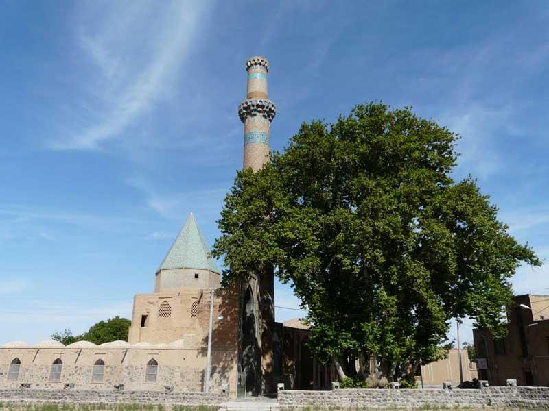اطلاعات تکمیلی بلیط اتوبوس اصفهان به تهران-  مسجد جامع نطنز