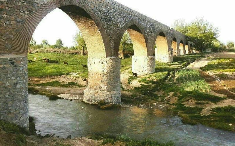 اطلاعات تکمیلی بلیط اتوبوس تهران به بروجرد- قلعه حاتم